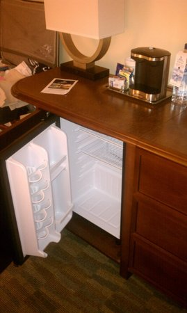Hilton Orlando Bonnet Creek: Room Fridge and Coffee Maker