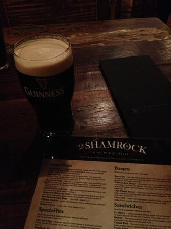 The Shamrock Irish Pub & Eatery: Pint of Guinness...Cheers!!