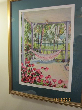 Little Gull Cottages: artwork in the cottage is well selected