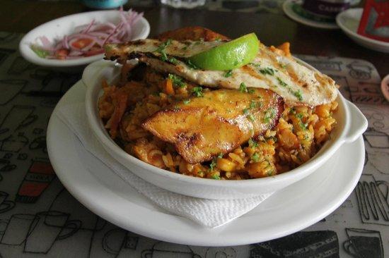 Plazita Limena: Peruvian-style paella