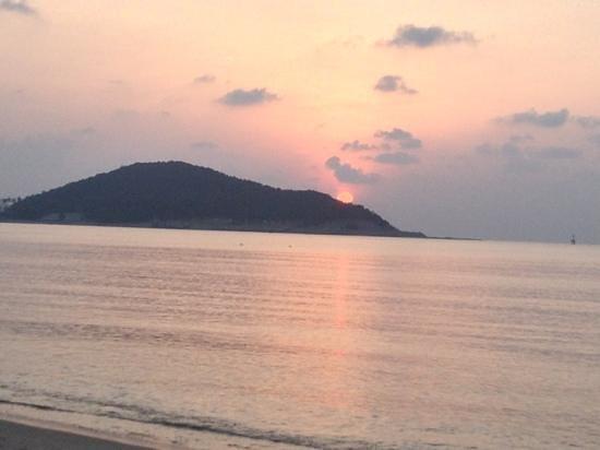 Rajapruek Samui Resort:                   ondergaande zon