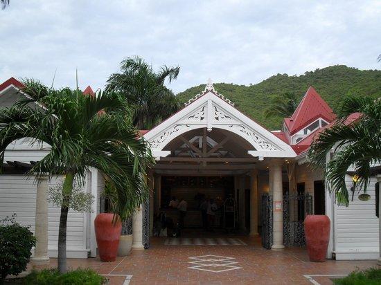 Le Domaine Beach Resort & Spa: entrada al hotel, alejado y silencioso