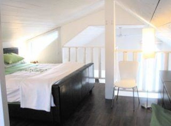 Norton North Ranch Cottages: sleep well in a king on the loft