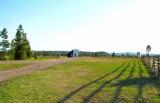 Norton North Ranch Cottages: endless view into the Nechako valley