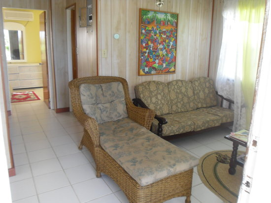 Oceanic View Exclusive Vacation Cottages: inside of the cottage