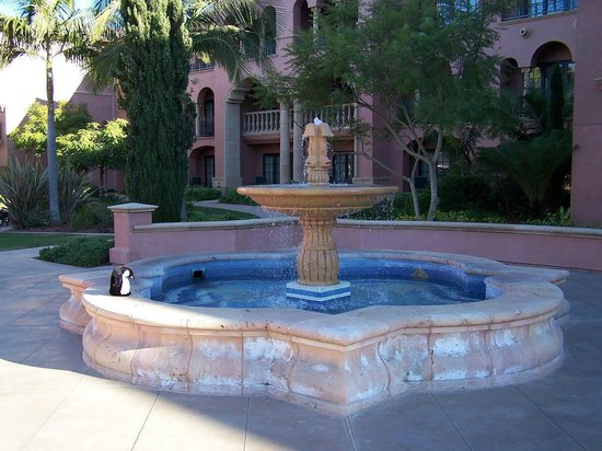 Fairmont Grand Del Mar: Fountain
