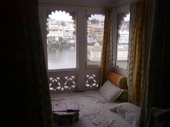 Lake Pichola Hotel:                   The view from the room