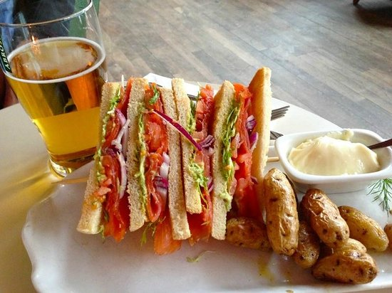 Radisson Blu Royal Viking Hotel, Stockholm: Club sandwich from lobby bar