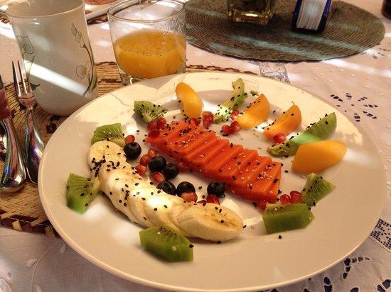Casa de la Vida:                   Breakfast:  fruit course