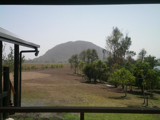 Henderson Park Farm Retreat:                   Mt hedlow