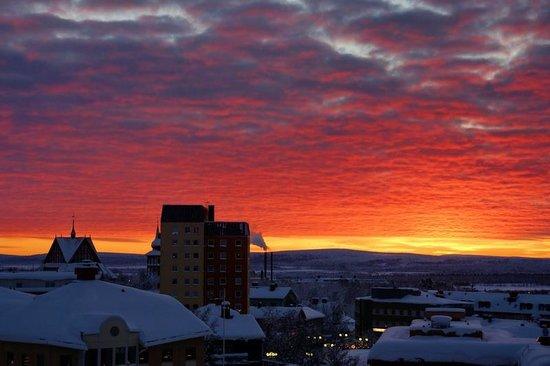 Scandic Ferrum: Beautiful sunrise from room #402