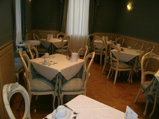 Villa Delle Palme: Trés jolie salle de petit déjeuner