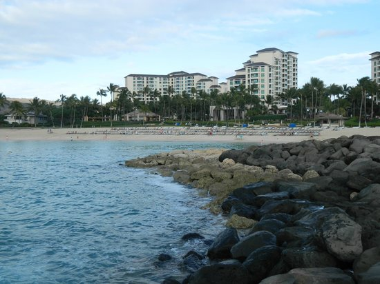 Marriott's Ko Olina Beach Club: Looking in at Lagoon 3