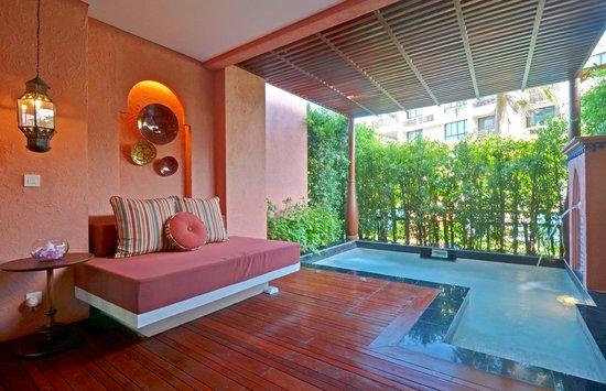 Marrakesh Hua Hin Resort & Spa: Fountain Pool Suite
