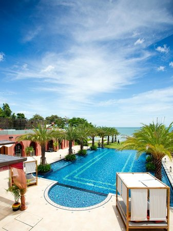 Marrakesh Hua Hin Resort & Spa: Pool