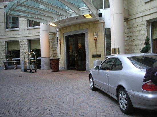 Kimpton Marlowe Hotel: Entrada