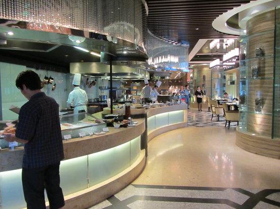 Wanda Vista Beijing: Breakfast buffet had a large variety