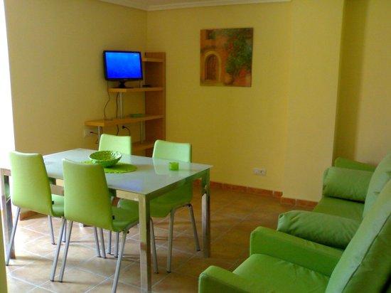 Apartamentos Residencial Alcoy: Salon de estar