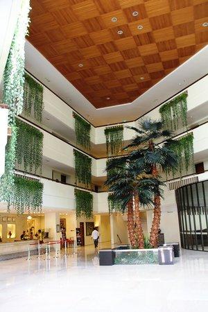 Kuta Paradiso Hotel: Lobby