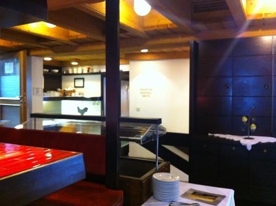 Hubertushof: Reception/Stairs to sauna & ski storage