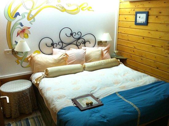 Invito: The romantic room at the cabin