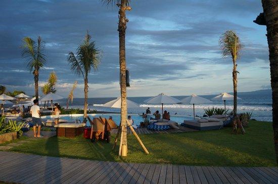 Komune Resort, Keramas Beach Bali:                   lovely pool