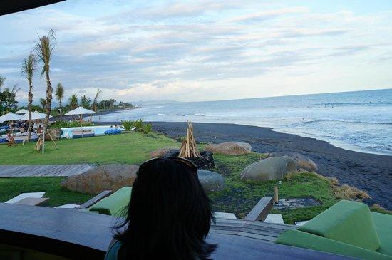 Komune Resort, Keramas Beach Bali:                   The beach