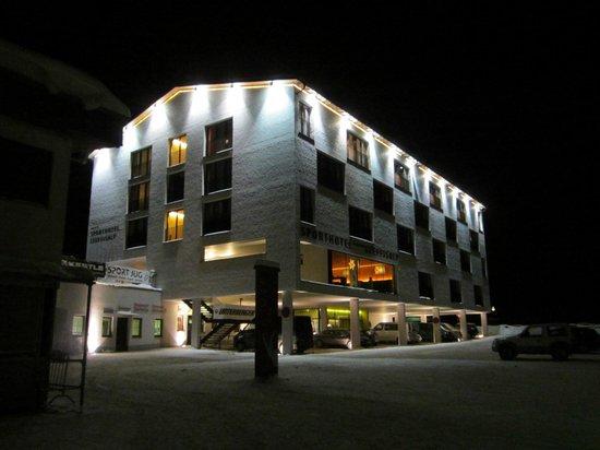 Sporthotel Steffisalp: Hotelansicht