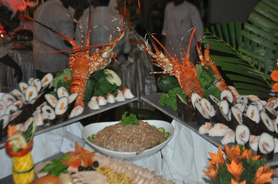 Hotel Mermaid & Club:                   Evening Buffet