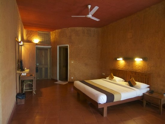 Banasura Hill Resort:                   The earth rooms are very spacious and comfrtable