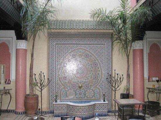 Riad Princesse du Desert:                   inside