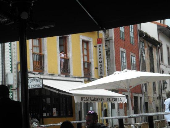 Apartamentos Plaza Mayor: Desde una terraza de la plaza