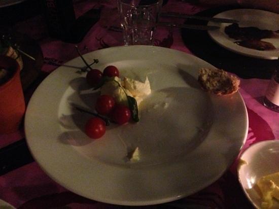 Nguni:                                     love the stalks on the tomato