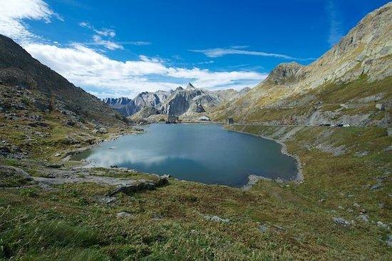 Great St. Bernard Pass (Col Du Grand St. Bernard): Col Du Grand St. Bernard