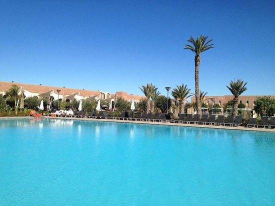Kenzi Club Agdal Medina: piscina