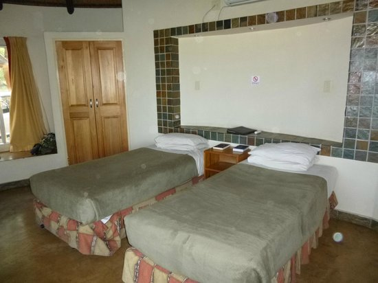Olifants Rest Camp:                   Room
