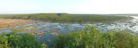 Olifants Rest Camp:                   River
