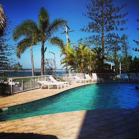 Crystal Bay on the Broadwater: Pool area