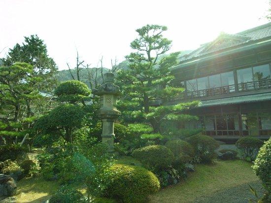 Hinjitsukan : 賓日館庭園