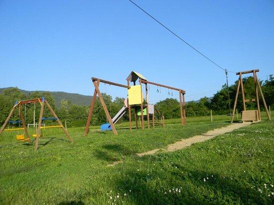 Camping-Bungalow la Vall de Campmajor: Parc infantil