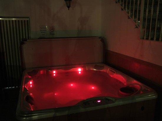 Casa Pino Solo: Hot Tub For Relaxing