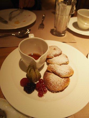 Jumeirah Frankfurt: 朝食 パンケーキ