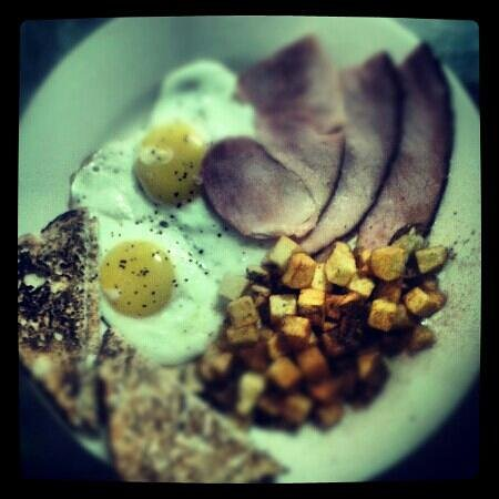 Tipton's Grill:                                                       Wayne's Breakfast