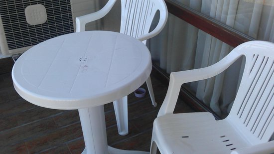 Emerald Beach Resort & Spa:                   room balcony, nobody clean