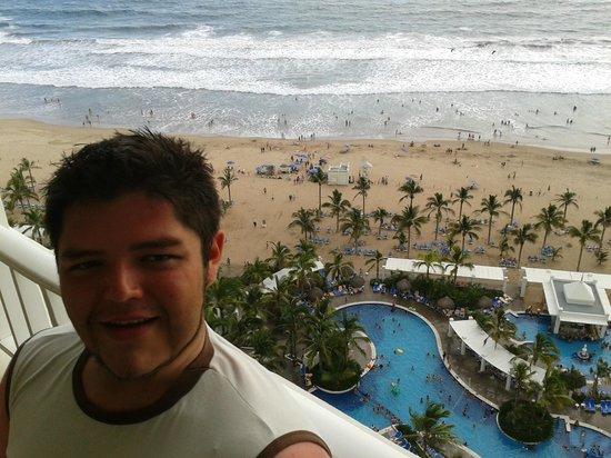 Hotel Riu Emerald Bay: una mañana super soleada