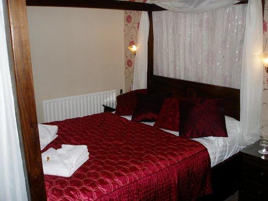 The Glenburn Hotel & Restaurant: Room No7