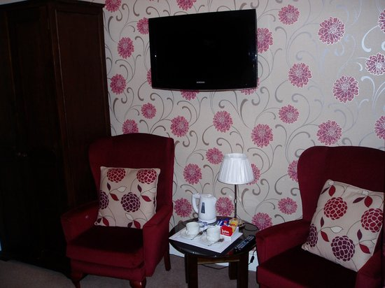 The Glenburn Hotel & Restaurant: Room No7