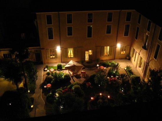 VOI Donna Camilla Savelli Hotel: Claustro