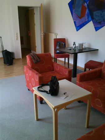 Art Hotel Aachen Superior:                   комната 30 кв.м.