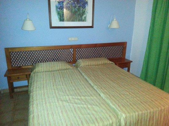 Las Cascadas:                   bedroom